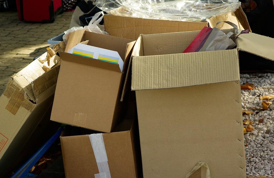 krabice při stěhování